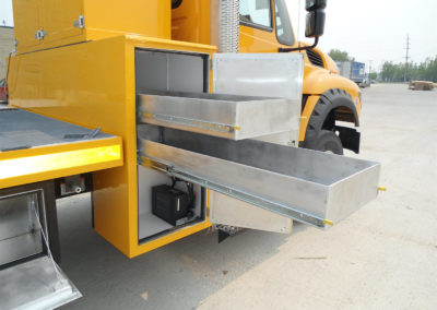 16′ Flat Deck – Passenger Side Heated Storage Compartment and Sliding Drawers (Extended)