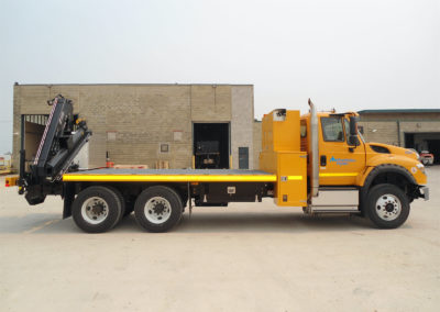 16′ Flat Deck with 4 Storage Compartments and Hiab Crane (Side)